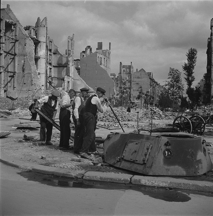 17 best images about german turrets wwii on pinterest kids playing panzer iv and symbols. Black Bedroom Furniture Sets. Home Design Ideas
