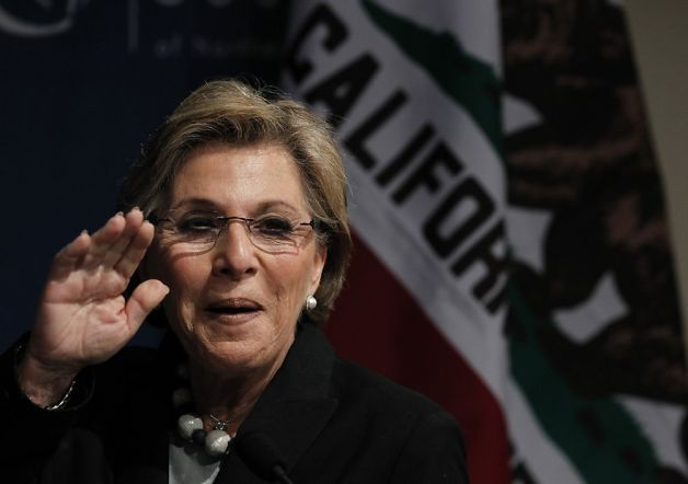 Sen. Barbara Boxer's plan would impose a fee on carbon emissions at their source, such as coal mines, which would increase the price of fossil fuel energy. But instead of giving the proceeds to the government, three-fifths of the money would be refunded to residents. Photo: Paul Chinn, The Chronicle
