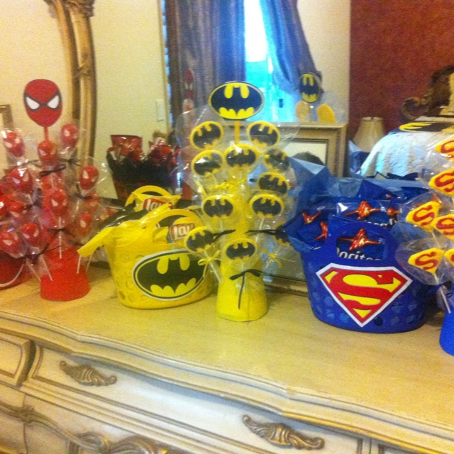 Superhero party!!