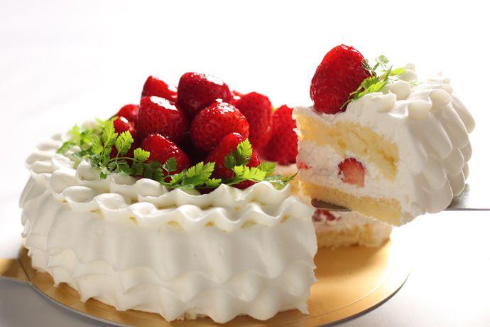 ガトーフレーズ 苺のデコレーションケーキ