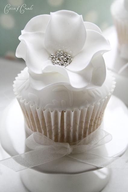 white floral cupcake