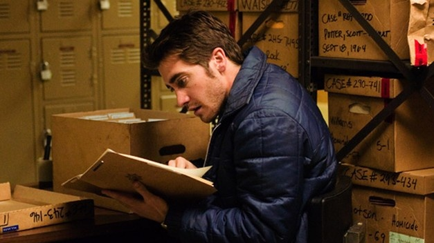 Zodiac (2007). San Francisco Chronicle cartoonist Robert Graysmith (Jake Gyllenhaal) and crime reporter Paul Avery (Robert Downey Jr.) use an archive to consult back issues of the Modesto Bee in their quest to find the Zodiac Killer in 1969–1970. Graysmith soon becomes obsessed with the case, bringing home armfuls of library books on psychology and cryptography. http://www.imdb.com/title/tt0443706/