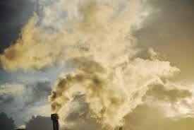 AIRLIFE MUNDIAL te comenta que el dióxido de carbono es uno de los principales contaminantes del calentamiento de la Tierra, todos los seres vivos emiten dióxido de carbono al respirar pero cuando se mezcla con aviones, coches y se convierte en gas de efecto invernadero. http://airlifeservice.com/