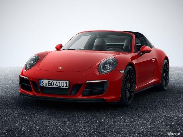 2018 Porsche 911 GTS : Les modèles GTS se distinguent non seulement par la technologie, mais aussi par leur conception visuelle: tous les véhicules sont basés sur le châssis large à roues motrices, qui mesure 1852 mm même sur la roue arrière -drive modèles. Le couple maximal de 550 Nm offre des chiffres d'accélération et d'élasticité encore meilleurs. Le couple est disponible entre 2150 et 5000 tr / min. Porsche Activ...