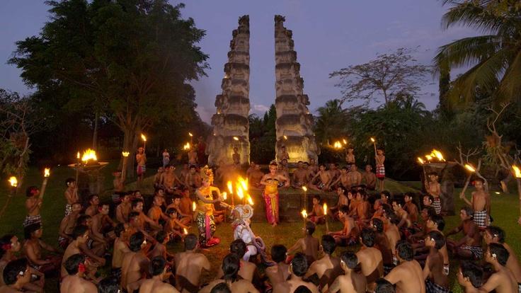 Kecak Dance at the Chedi Club Tanah Gajah, #Bali