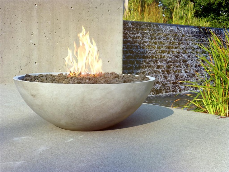 Zen fire bowl in action modern outdoor living ideas for Fire pit bowl ideas