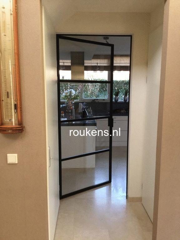 Deuren / Enkele stalen deur project Heerenveen