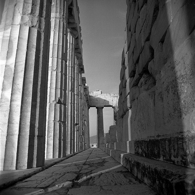 ΑΘΗΝΑ ΑΚΡΟΠΟΛΗ 1959. Set includes photographs of the ancient ruins of the acropolis, also views of the modern city of athens, greece. from nick and maggie's spring 1959 trip to europe. from nick and maggie's spring 1959 trip to europe. part of an archival project, featuring the photographs of Nick Dewolf