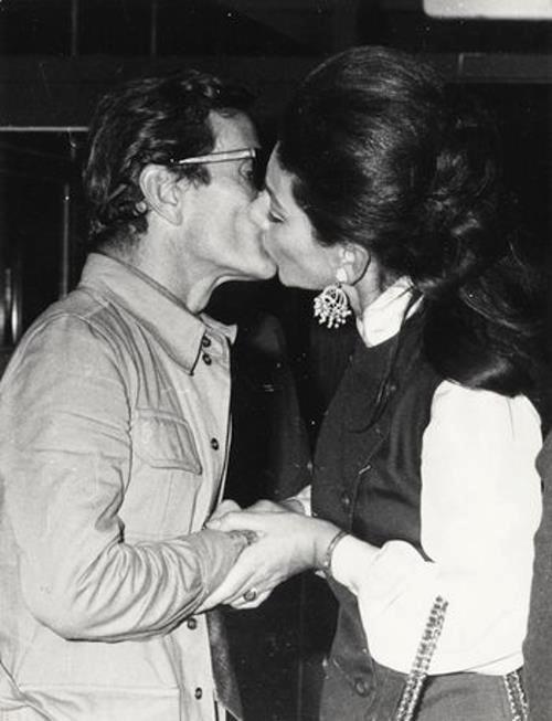 """Pier Paolo Pasolini e Maria Callas em 1969, durante as filmagens de """"Medea"""". Veja também: http://semioticas1.blogspot.com.br/2012/03/resumo-da-opera.html"""