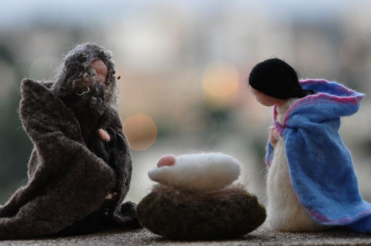 Needle felted Nativity Set / Nativity-Waldorf  /  3 pieces-/Holy Land-mother and child, father,needle felt by Daria Lvovsky-Made to orders. $75.00, via Etsy.