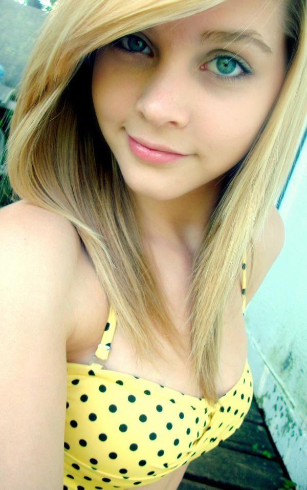 Amateur blonde teen girlfriend gangbang with facial shots