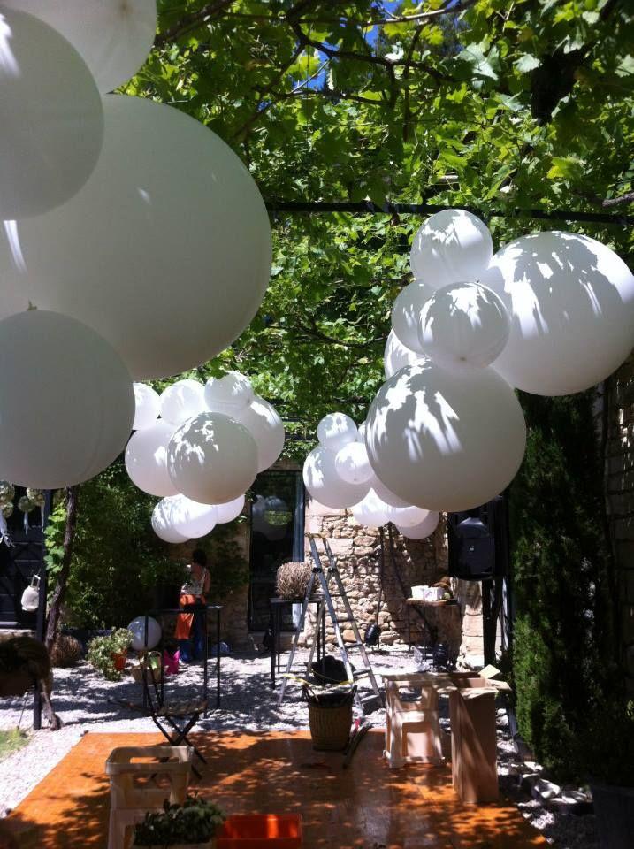 Ballons sous pergola