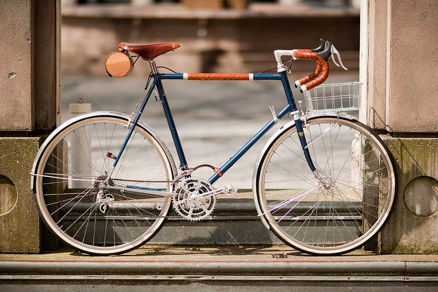 650b Randonneur with Handmade Leather Detail | Shared from http://hikebike.net
