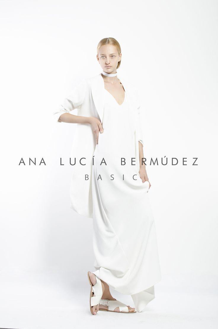 Producción y Fotografia avsuproductions Model Lana Zhelezova #fashiondesigner #fashion #designer #AnaLuciaBermudez #new #newcollection #collection #newline #line #cali #colombia #decaliparaelmundo #newtalent #talent #outfit #editorial #magazine #AVSU #styling #model #black #style #makeup #details #photograpy #beautiful #minimalist #minimal #girl #happy #supermodel #creativity #color #colors #dress #collage #blue #colors #color #white #black