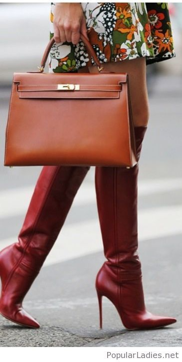 awesome-leather-boots-and-bag-with-a-printed-dress