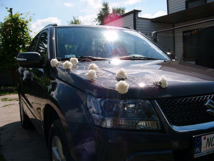 Ślubna dekoracja auta - Ratan delikatnie