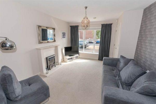 19 Abbington Manor, Bangor #bangor #northernireland #livingroom #forsale #buynow #propertynews #propertynewsni