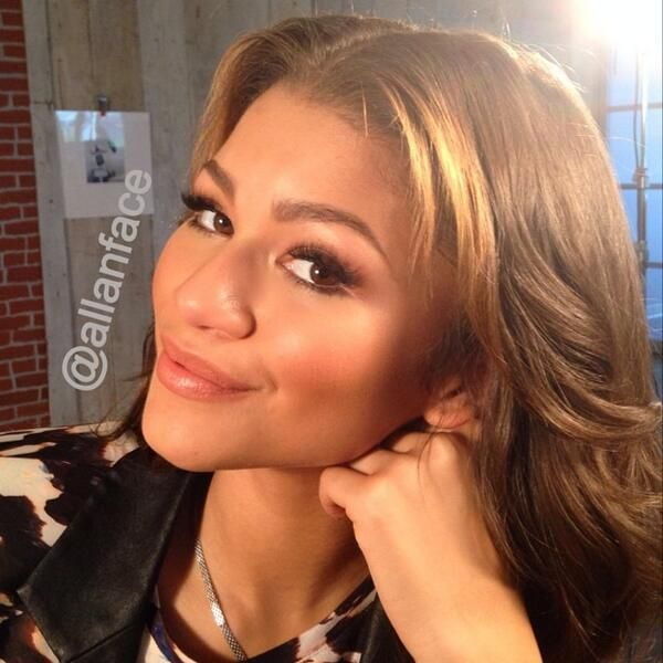 allanface: Press day for Zapped Movie -- Zendaya reppin' that #GLOW! I missed this girl... Laughs started at 5am! ...
