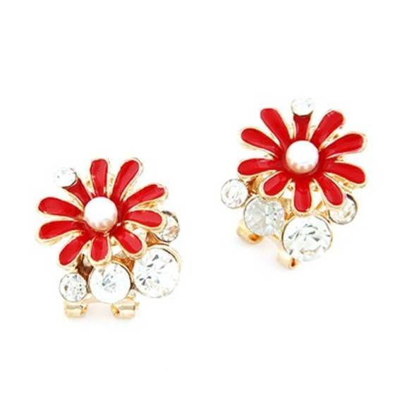 Red Chrysanthemum Flower Decorated De...   Shopo.in