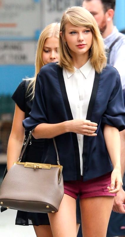 Swell 25 Best Ideas About Taylor Swift Bangs On Pinterest Taylor Short Hairstyles For Black Women Fulllsitofus