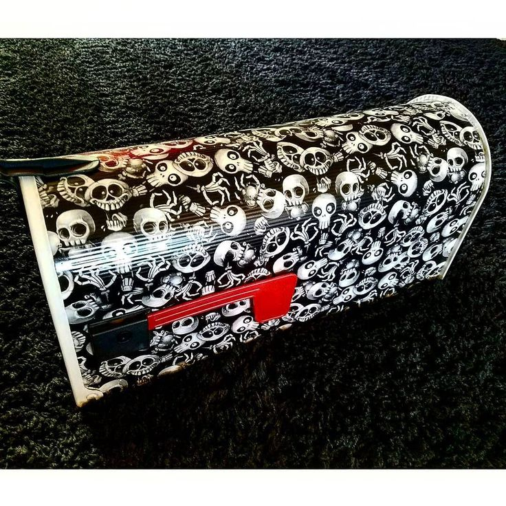 New Silly Skulls mailbox! We can custom #hydrodip a new mailbox and ship it right to your door! Choose any base color pattern and clear coat then add custom numbers or lettering from our huge font library to display your family name address etc... visit www.jadedzombie.com by clicking the link in bio! #HydroDipped #skulllife #hydrodipping #watertransferprinting #hydrographics