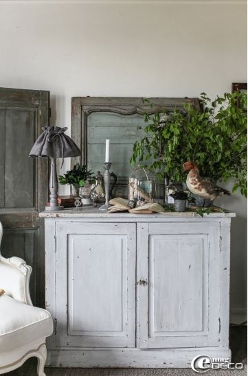 meuble peint patiné - aged painted furniture