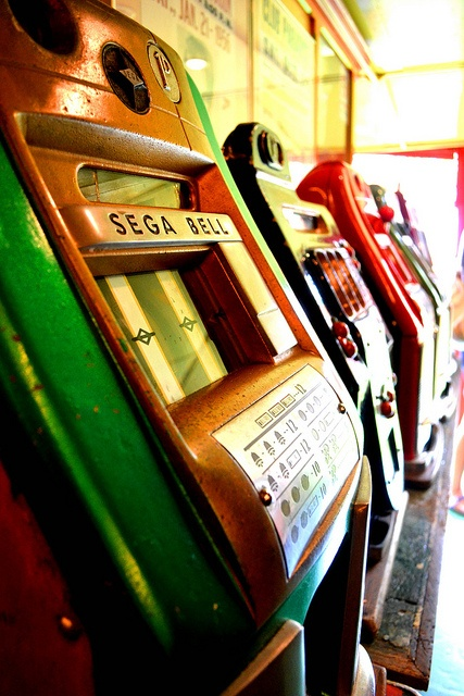 Old slot machines at Carter's Steam fair, Dulwich, London by Georgina Rodgers, via Flickr