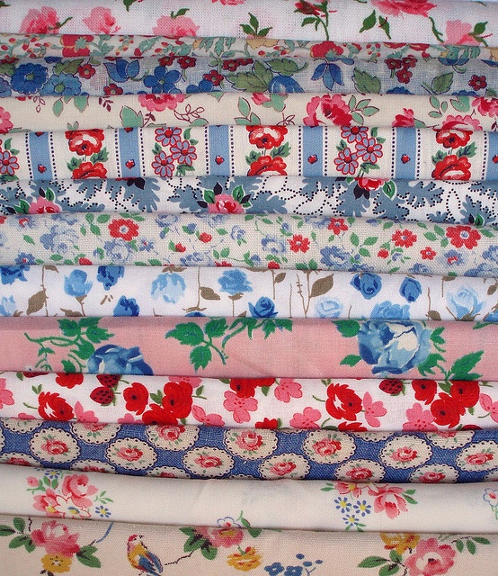 Quilting Fabrics. I recognize several old feedsacks from my own collection.