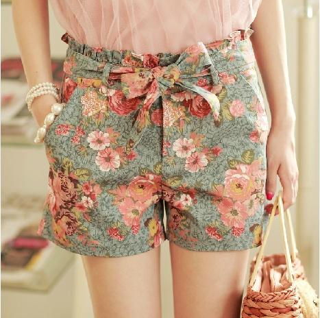 High Waisted Summer Flower Jeans Shorts