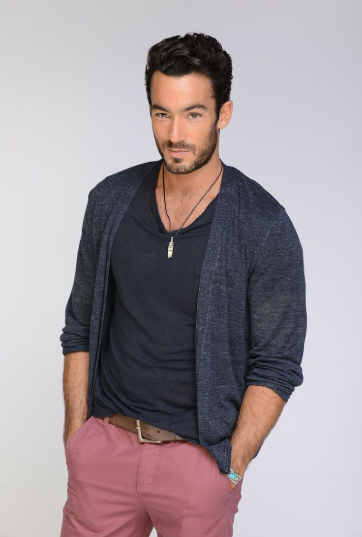 Aaron Diaz images Aarón Díaz  2014 wallpaper and