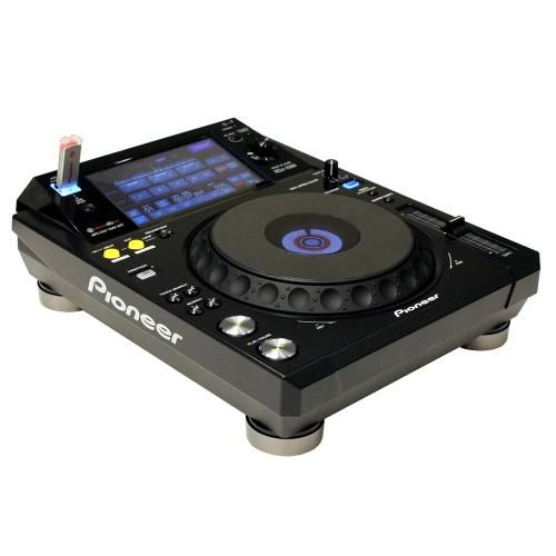 The time has come for a new Pioneer DJ revolution! Pioneer DJ brings you the XDJ-1000 : The World's first digitally focused, USB-only, rekordbox ready player. Pioneer DJ's XDJ-1000 is the first ever DJ deck to feature advanced professional FX via touch screen technology AND QWERTY search facilities. https://www.djkit.com/pioneer/pioneer-xdj-1000.html