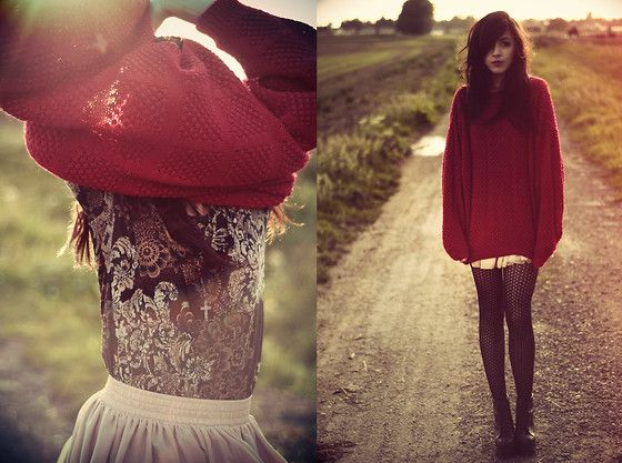 BIG RED PULLOVER !  (by Camille Mompach) http://lookbook.nu/look/2271965-BIG-RED-PULLOVER