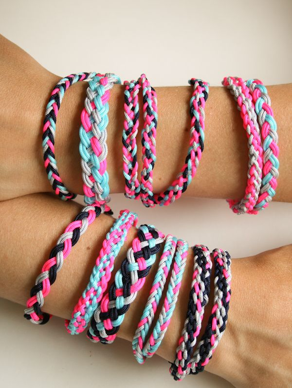 Molly's Sketchbook: Braided FriendshipBracelets ~ Using Chinese knotting cord, instructions for simple braid, single & double five-strand braid, five-strand dovetail braid, & seven-strand braid.  Clearly written with lots of detailed photos.   #handmade #jewelry #braiding