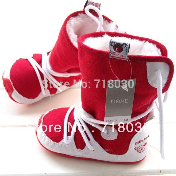 Детские ботинки первые