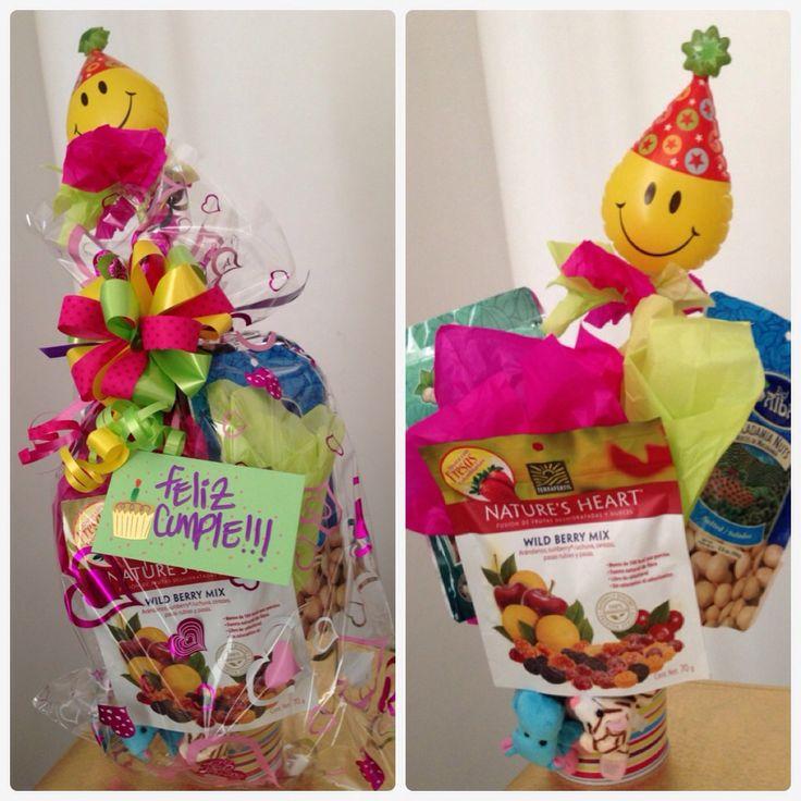 SoRpReSa Balde Cumpleañera  El regalo perfecto para esa persona especial  #fit #cumpleaños #regalos #cali #sorpresacali   Pedidos:  (318) 385-1187 - (317) 636-3792 www.sorpresacali.com