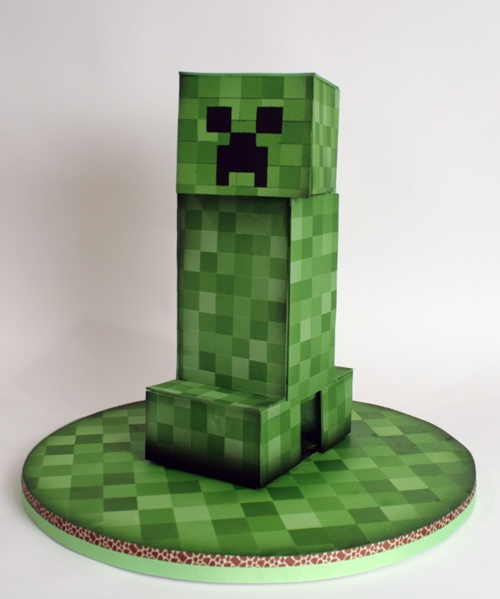 The Best Minecraft Birthday Cake