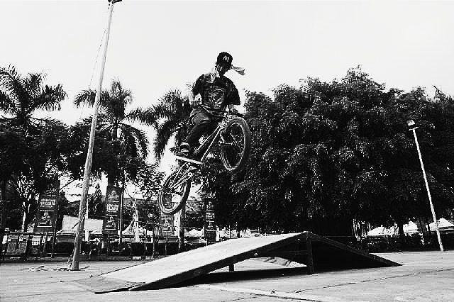 kabartrenggalek - Makasih yng udah foto ak kemaren  #trenggaleksosialita #instagram #riderbmx #kabartrenggalek by cristiangesang