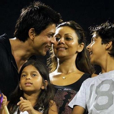 Father and son sharing a moment - Shahrukh and Aryan Khan.