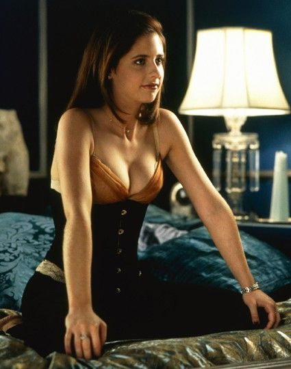 Kathryn Merteuil  in Cruel Intentions.  Kathryn's personality is a very complex and elusive one. The few who know the real her believe she is an emotionally unstable psychopath (possibly with borderline personality disorder or BPD) She's extremely manipulative and callous. Her charming and brilliant persona seduces everyone around her. Although she's very intelligent, she lacks empathy, sympathy and a conscience. She is also completely self-absorbed.