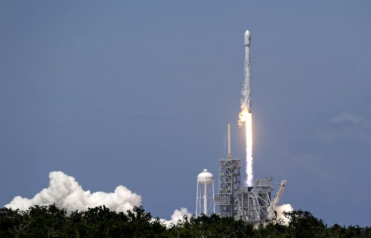 TASS: Science & Space - SpaceX set to 'swallow up' Russia's share on global space launch market