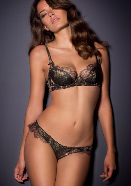 Leoni Bra And Brief Lingerie Set Leoni Is A Figure Hugging Glimmering Asian Chimera In Charcoal