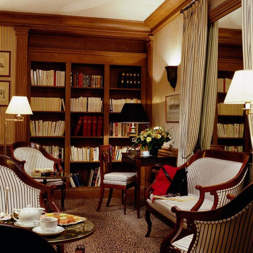 Hotel Astor Saint Honoré - Paris...the conversation I had in this room...good thing the walls only speak French!!