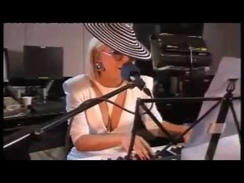 Lady GaGa - Viva La Vida (Official Video) Live Video On BBC Radio One - YouTube
