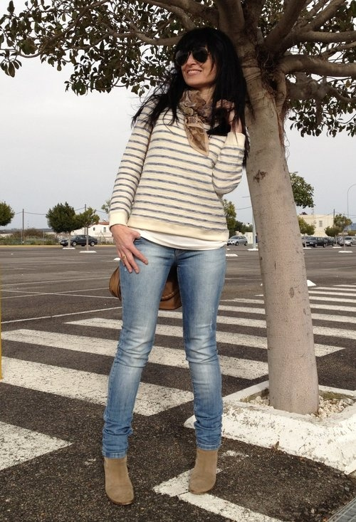 """ Sábado de Shopping ""  , Zara in Sweaters, Massimo Dutti in Scarves / Echarpes, Stradivarius in Jeans, Massimo Dutti in Boots, Chloé in Bags"