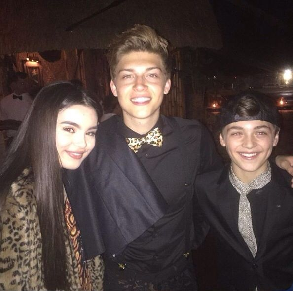 Pin By Kay On Asher Angel Best Friends Whenever Andi Mack Female Actresses