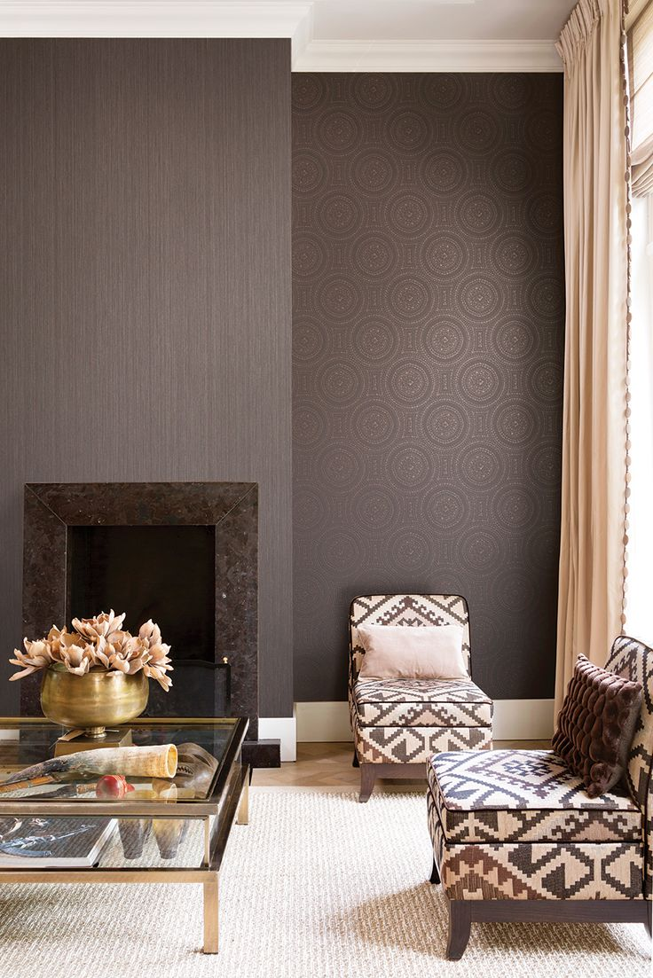 Why have one wallpaper when you can have two?! The plain texture combined with round lace design work great together creating a luxurious interior scheme! From Galerie's Boutique Wallpaper Collection.
