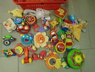 Prodám mnoho hraček pro miminko ,vyberte a