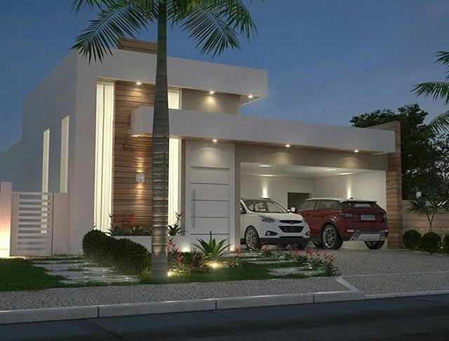 Projeto 3D de fachada com um elemento em madeira, beirais intercalados e com iluminação spot, tinta branca e jardim frontal.