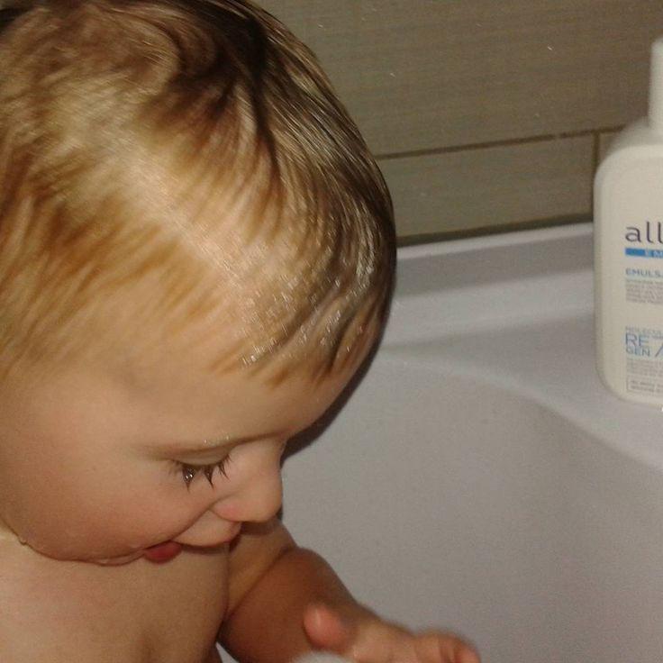 Kąpiel z Allerco :) #Allerco #DbaODelikatnaSkore #Od1dniaZycia #AllercoEmolienty  https://www.instagram.com/p/BG913HpTbOy/