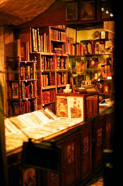 Bookstore in Venice, Italy.